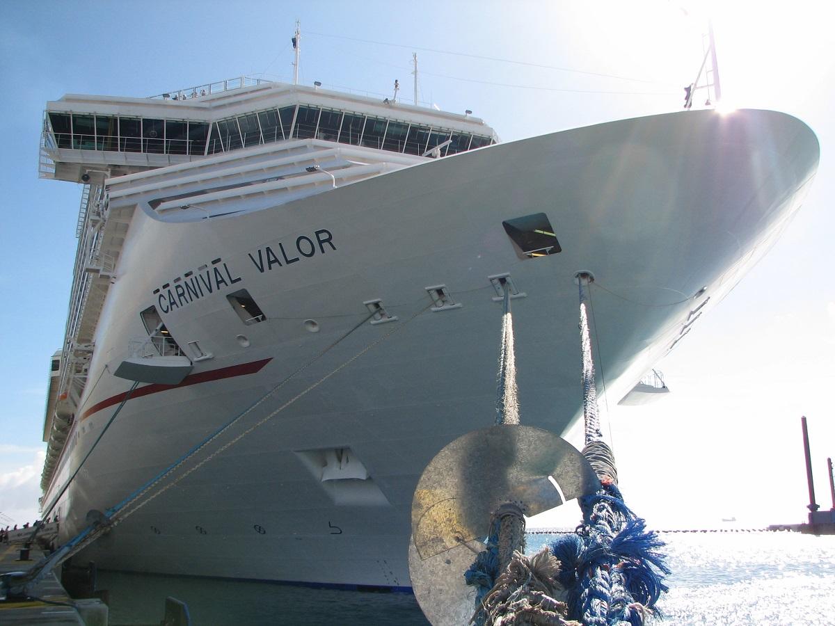 Carnival Valor Cruise Ship Profile - Where is a cruise ship now