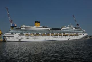 Costa fascinosa cruise ship profile for Costa favolosa wikipedia